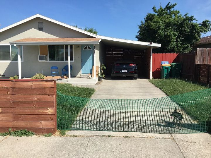 q i want to build a driveway fence