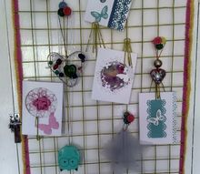 wire notice board using command hooks