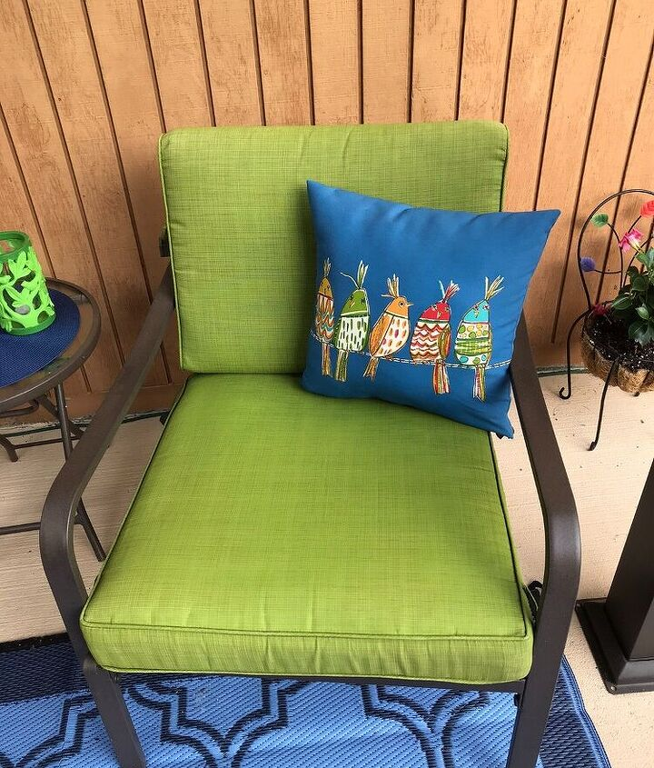 After photo of completed cushions.