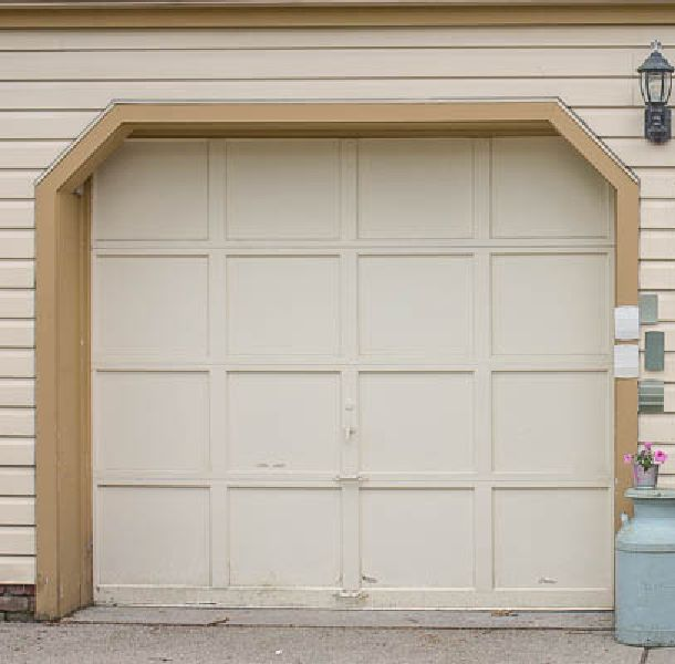 Faux finishing garage doors to look like wood hometalk for Faux wood garage door prices