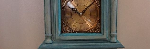 q how to antique the shiny gold finish on a clock