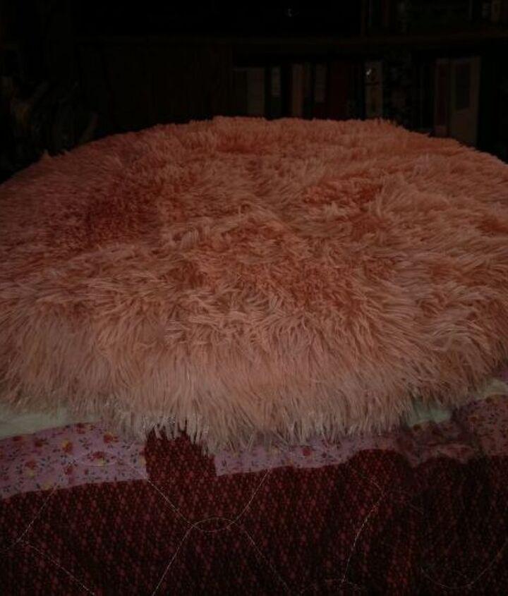 Finished cushion.