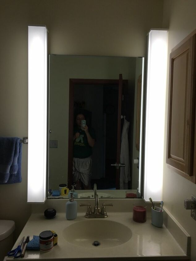 q what to do with my rental bathroom mirror