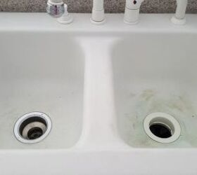 Porcelain Sink Like New