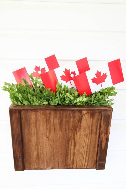 s everything red for canada day, Wreath Alternative Hanger Basket
