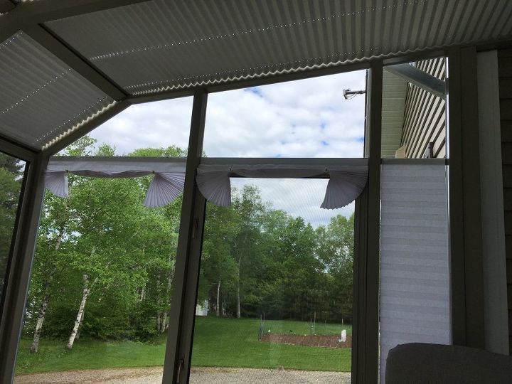 q blinds for angled window