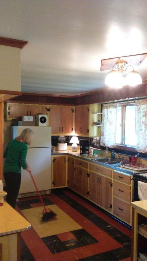 Suggestions needed to replace 1950\'s kitchen floor | Hometalk