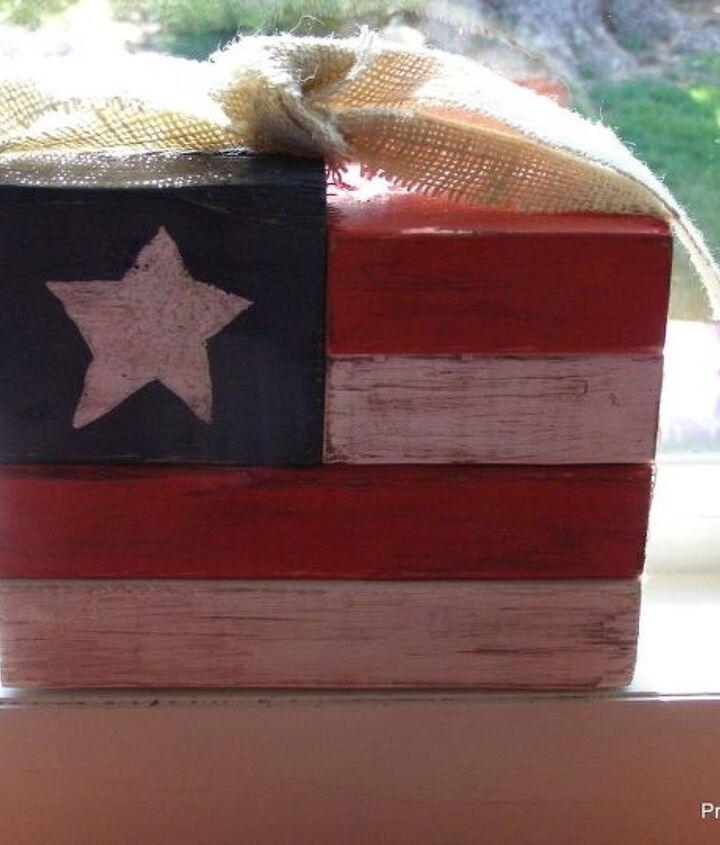 chunky fourth of july prim flag