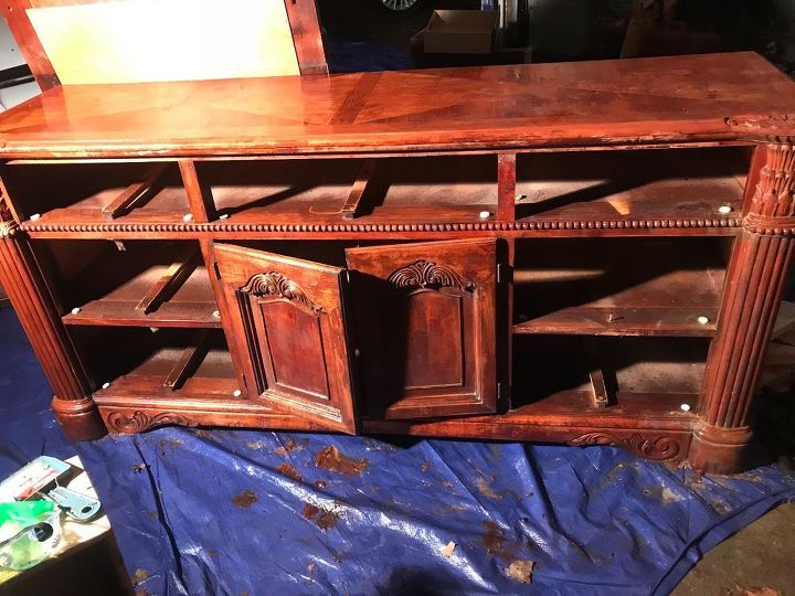 q anyone know the brand style era of this bed dresser set