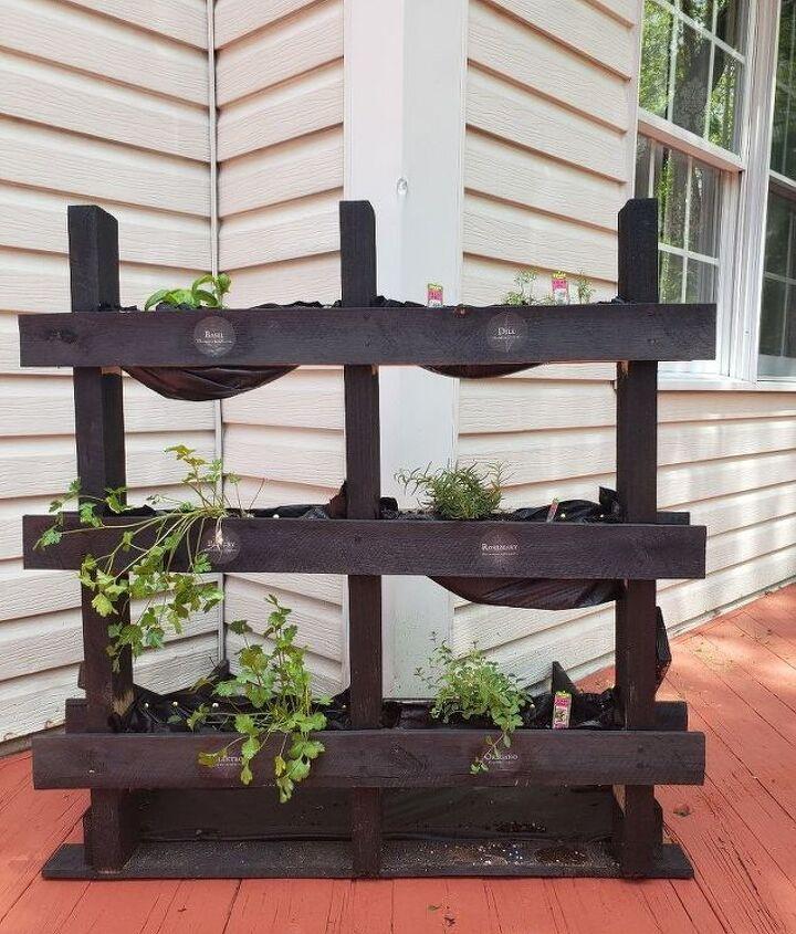 diy outdoor pallet herb garden