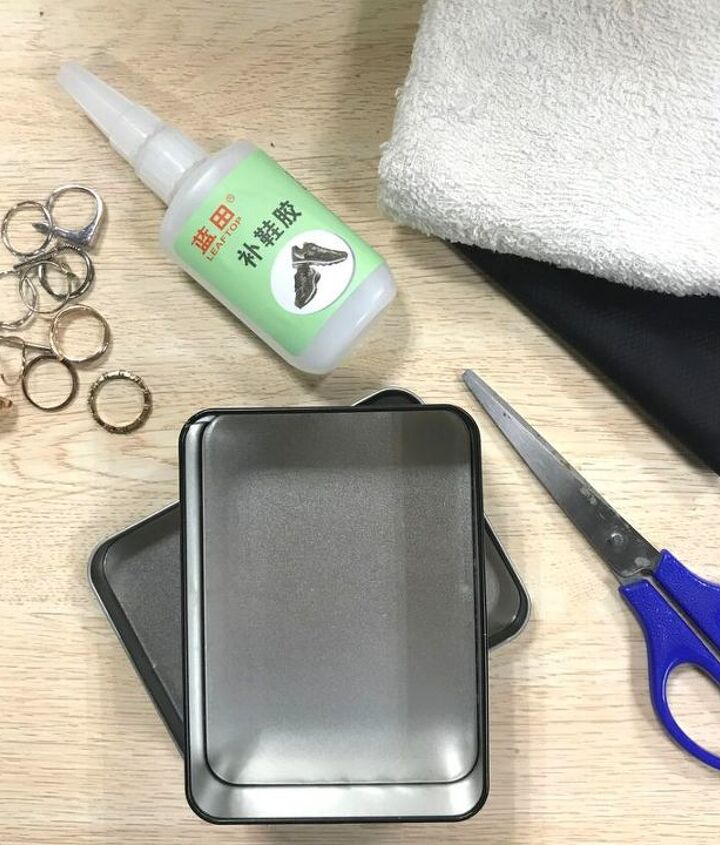 Materials needed for the ring holder box