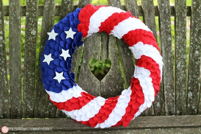 s 20 stunning wreaths for the 4th of july, Felt Sized As Rain Drops
