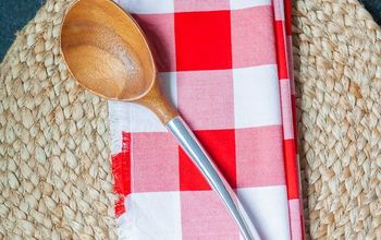 Festive Frayed Napkins for July 4th and Summer BBQs!