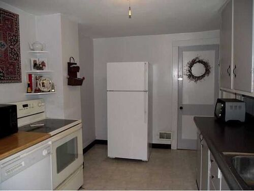 65 Sq Ft Of Wall That I Would Like To Do In Wood Or Planks Not Sure What Work The Best Is Behind Refrigerator And Little