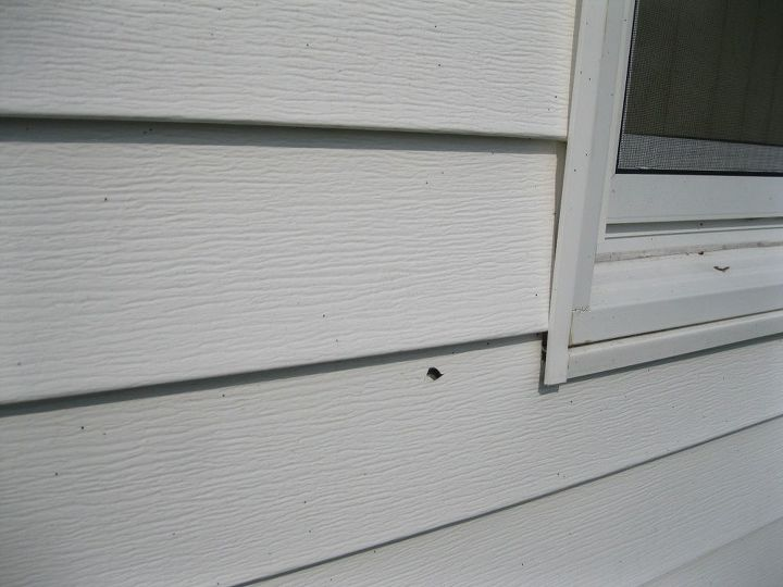 q how does one repair fix or patch vinyl siding
