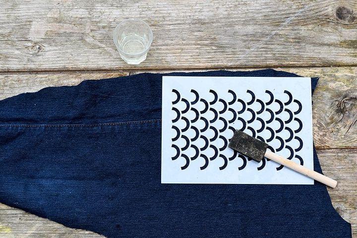 fun repurposed jeans fish pillows