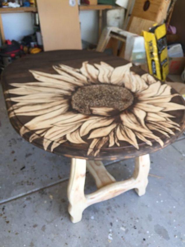 big ol sunflower table