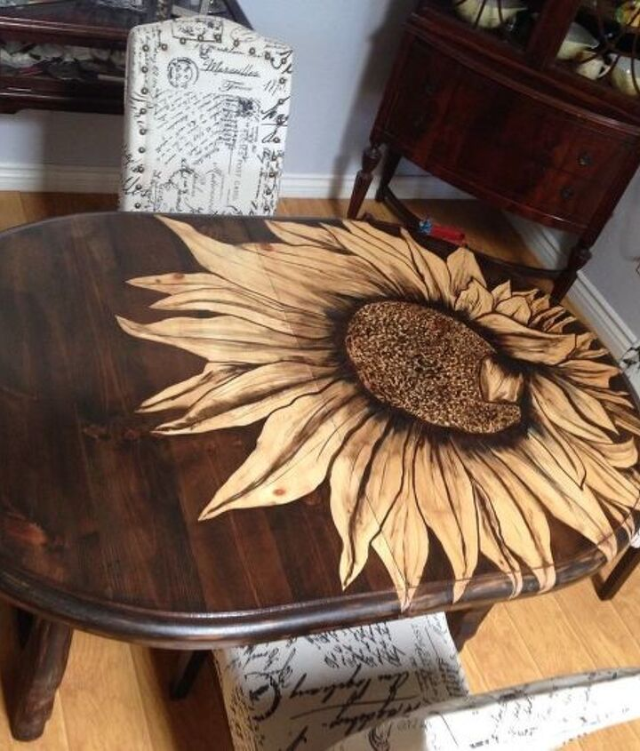 big ol sunflower table
