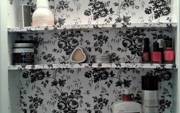 $2 Medicine Cabinet Makeover