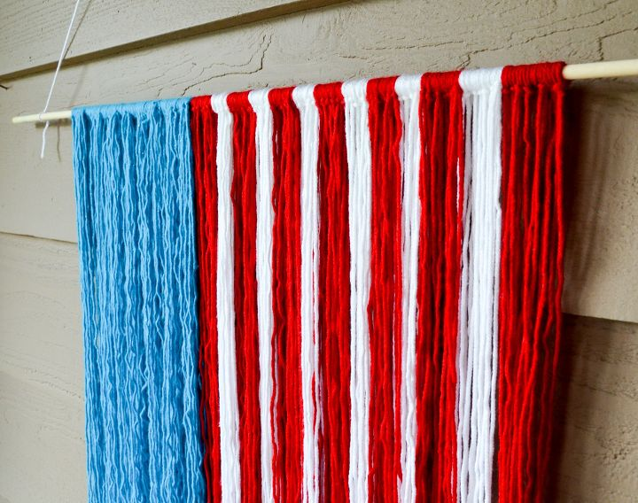 s 15 unusual flag ideas that actually look amazing, Make A Patriotic Flag Out Of Your Yarn