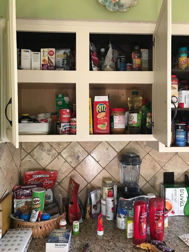 q looking for pantry space