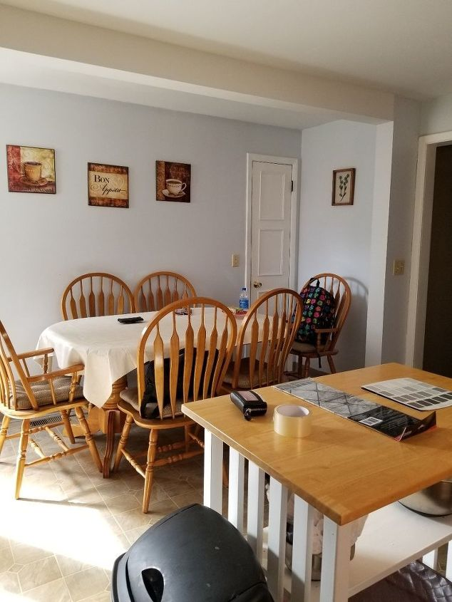 q what paint color to do for kitchen