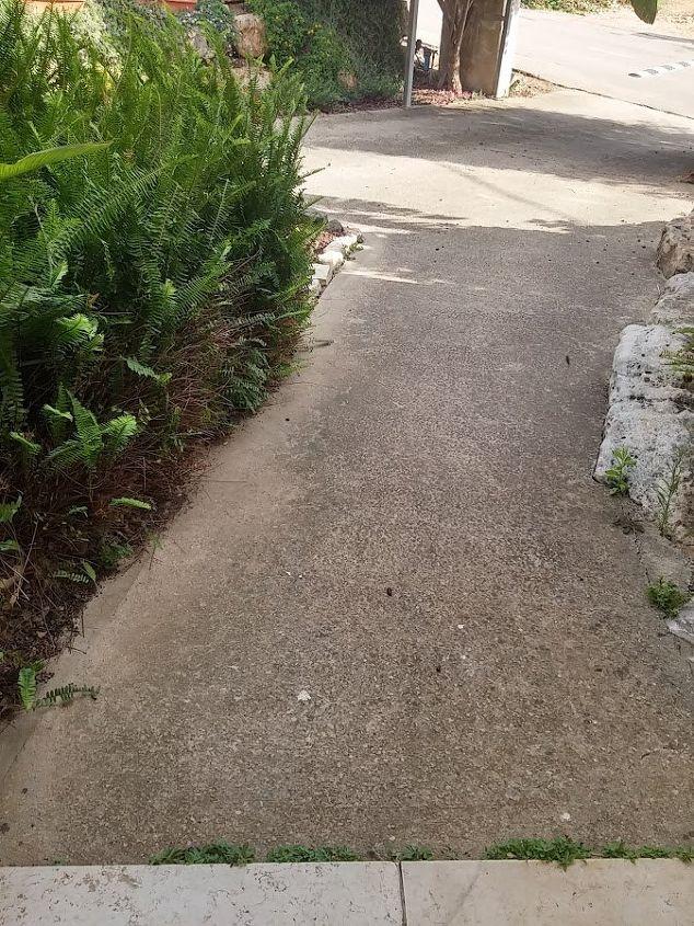 q rough concrete surface