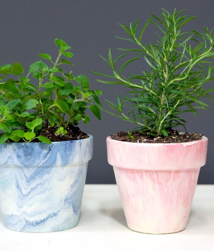 s 17 diy projects you can start and finish tonight, Get A Marbled Look On Your Terrracotta Pots