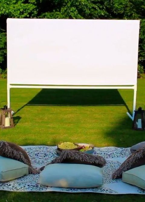 Backyard Movie Theatre diy backyard movie theatre screen | hometalk