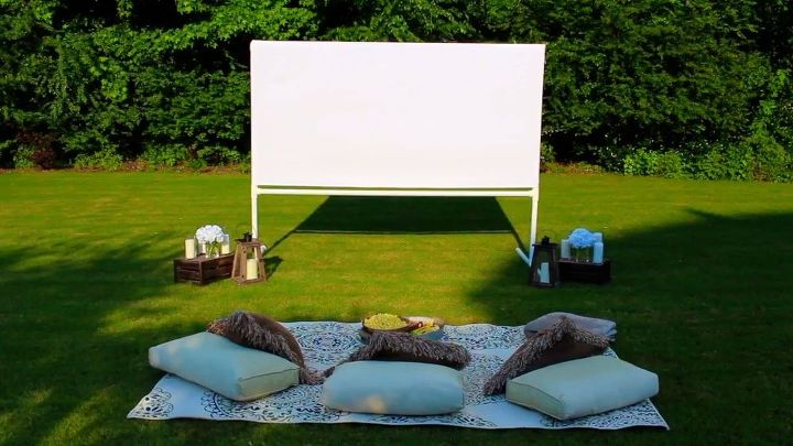 diy backyard movie theatre screen