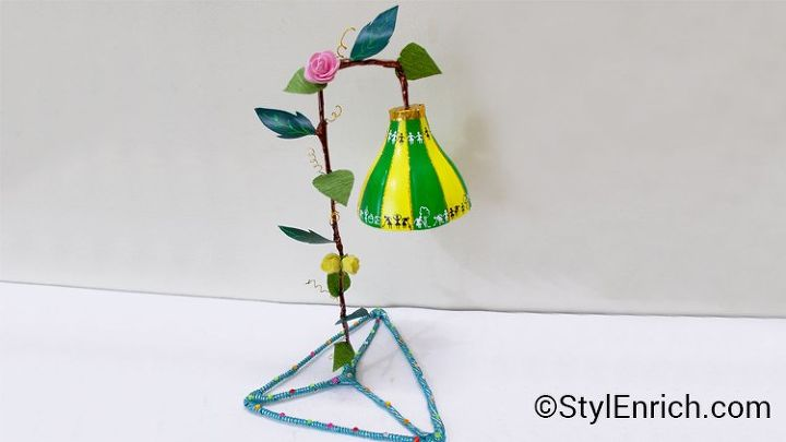 s 15 things to do with scrap material, Build a Beautiful Lampshade
