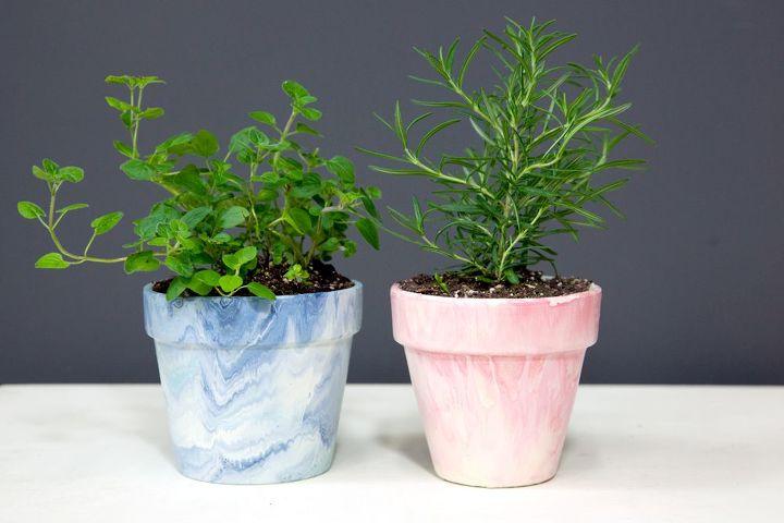 s 22 idea to make your terra cotta pots look oh so pretty, Create a pretty marble effect