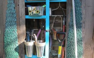 wannabe garden tool shed using a pallet