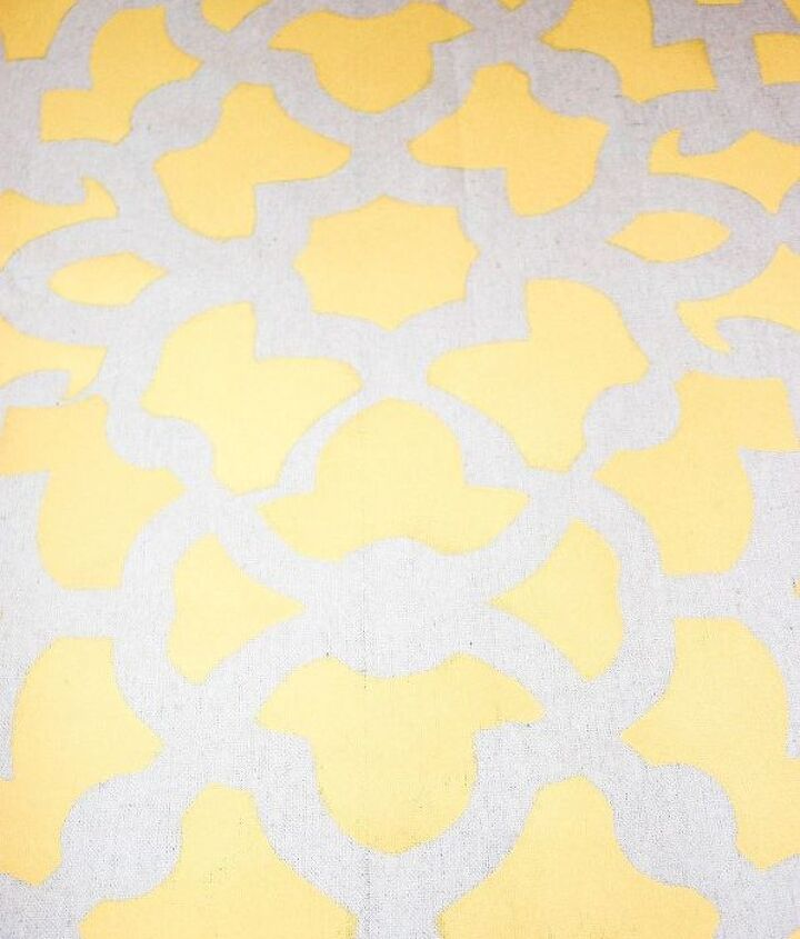 create a stenciled picnic blanket