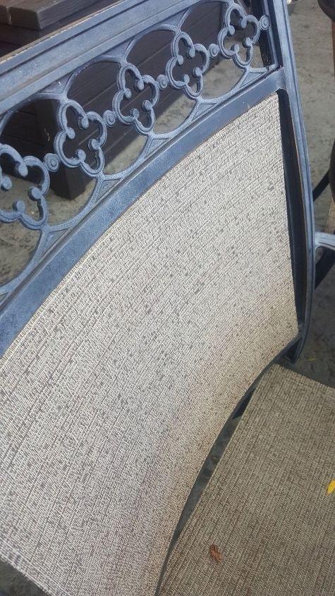 q how to paint a patio set