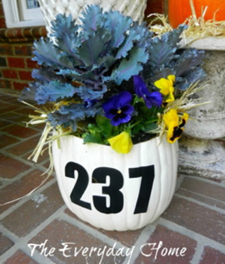 s 13 spectacular waysto display your house number, Fall Is Coming