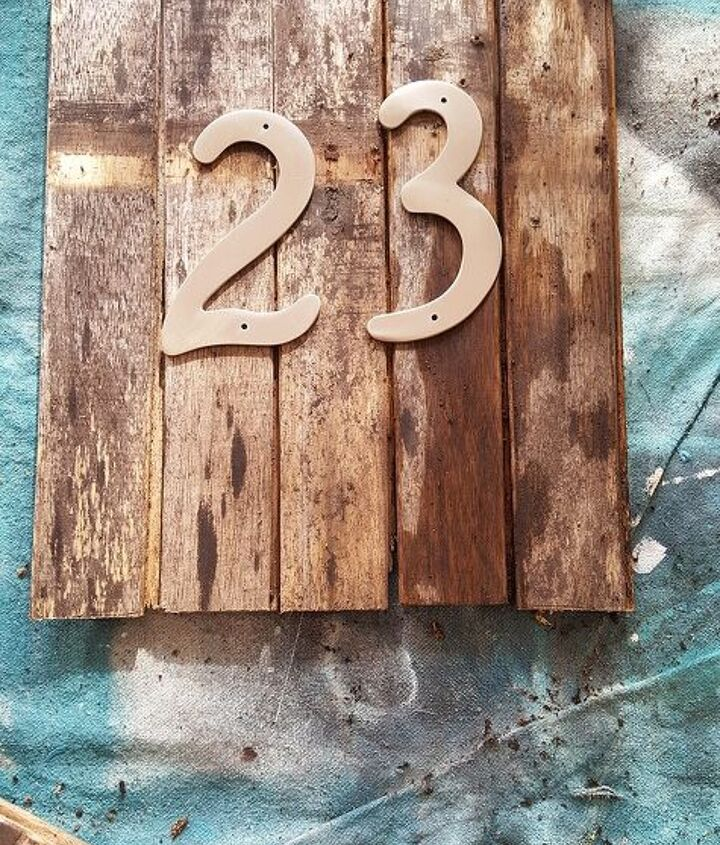 s 13 spectacular waysto display your house number, Bring On The Rust