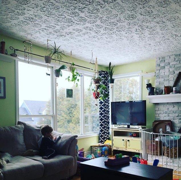 q diy livingroom window shelf