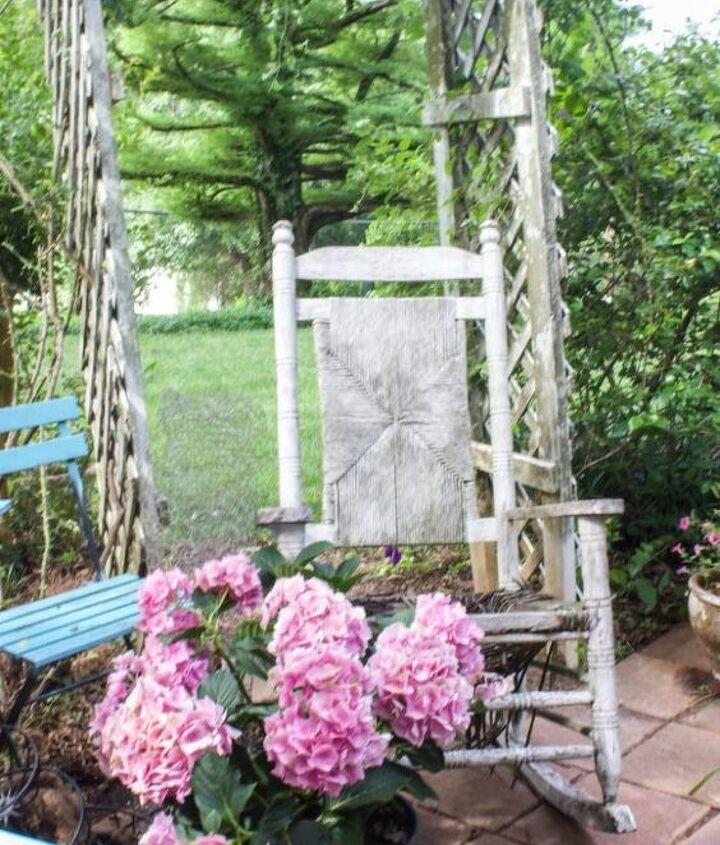 create a garden planter from an old chair