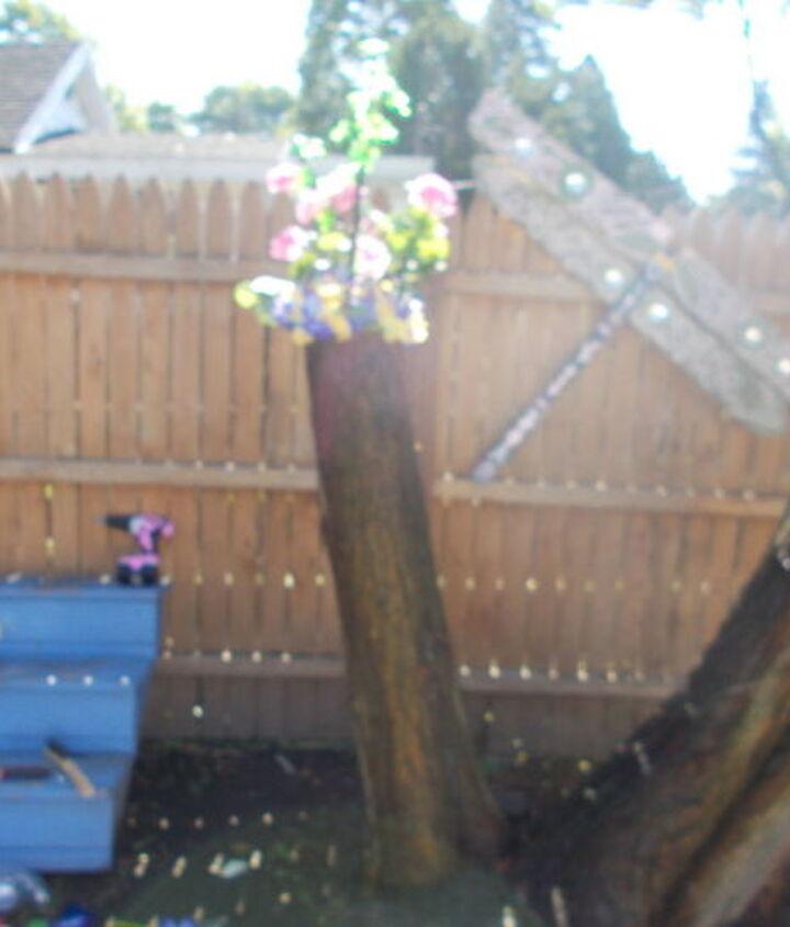 diy tree stumps into yard decorations seasonal