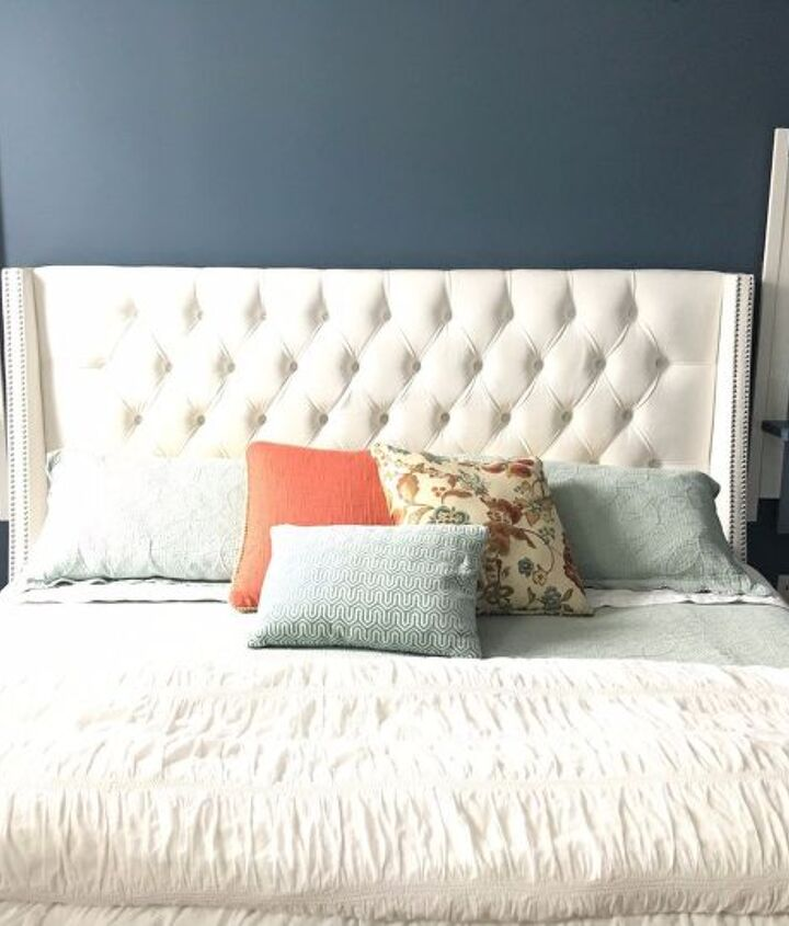 s 27 gorgeous update ideas for your bedroom, Add stylish floating shelves