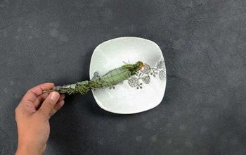 How To Make Air Cleansing Rosemary & Sage Smudge Sticks