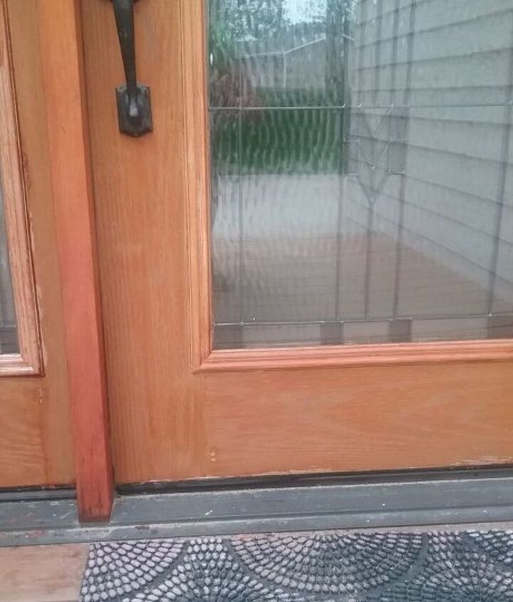q what stain to use on a fiberglass door