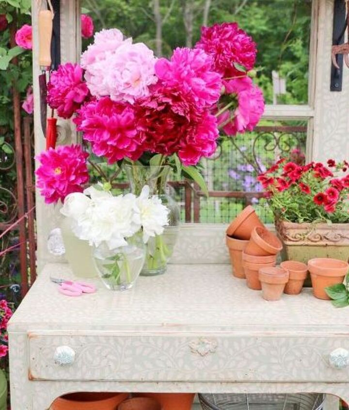 everything you need to know for a diy stenciled potting bench