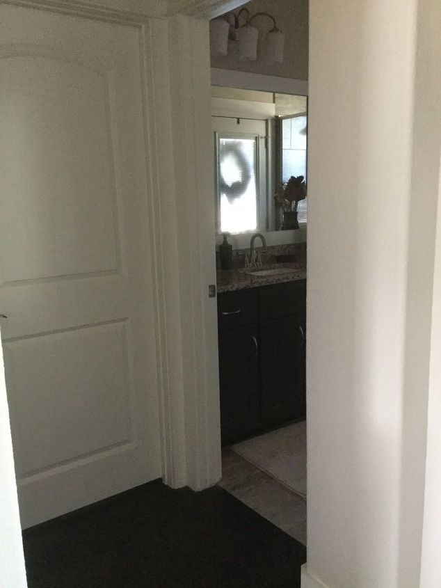 q privacy door