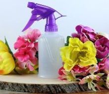 natural insect repellent spray with essential oils