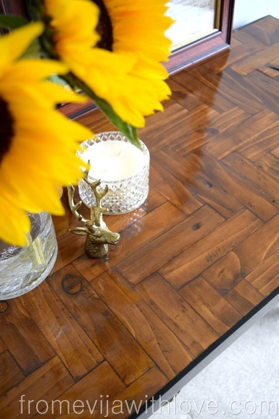 upcycling an old table using salvaged palletwood