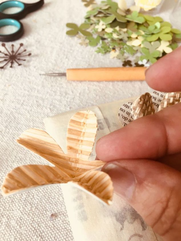 wine bottle paper flower tutorial