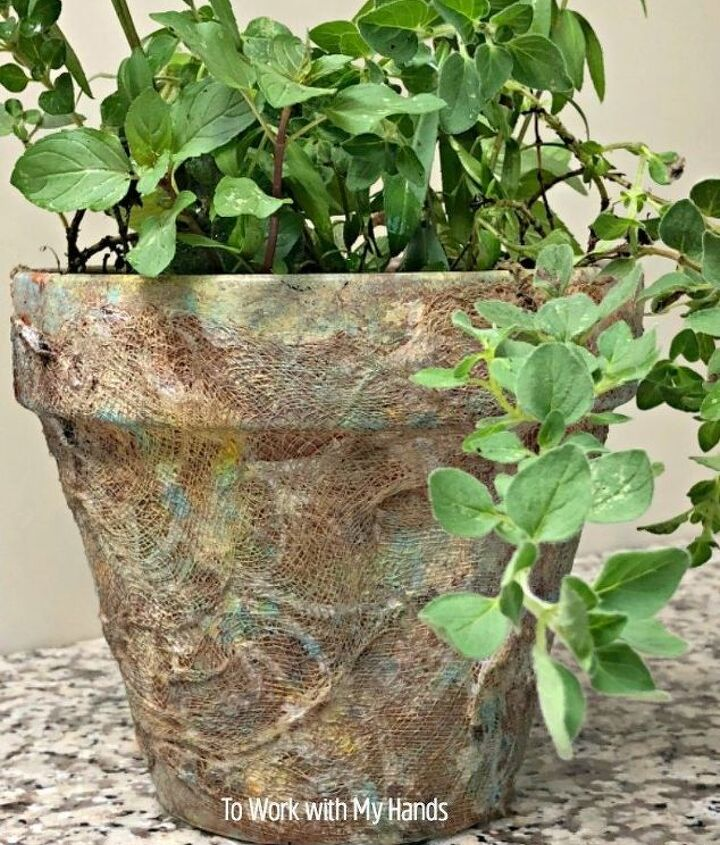 dress up those plain terra cotta pots