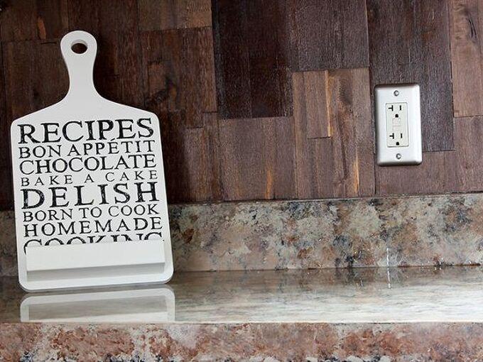 wood paneled kitchen backsplash